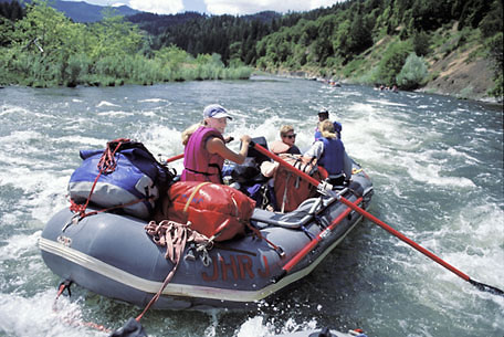 rogue river whitewater rafting_oregon whitewater_wine tasting trips