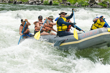 rogue river whitewater rafting trips_oregon river trips_river_trips_wilderness